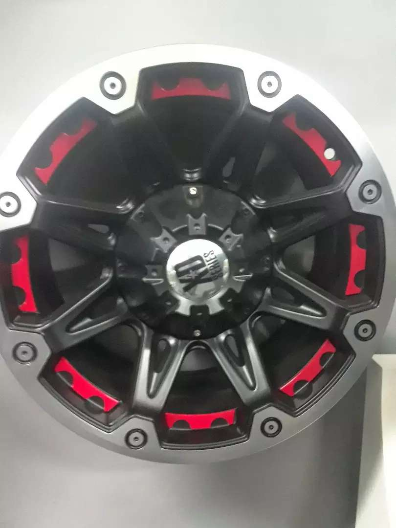 Set of new 18inches quality bakki mags wheels