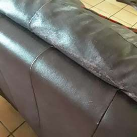 Two seater recliner couch