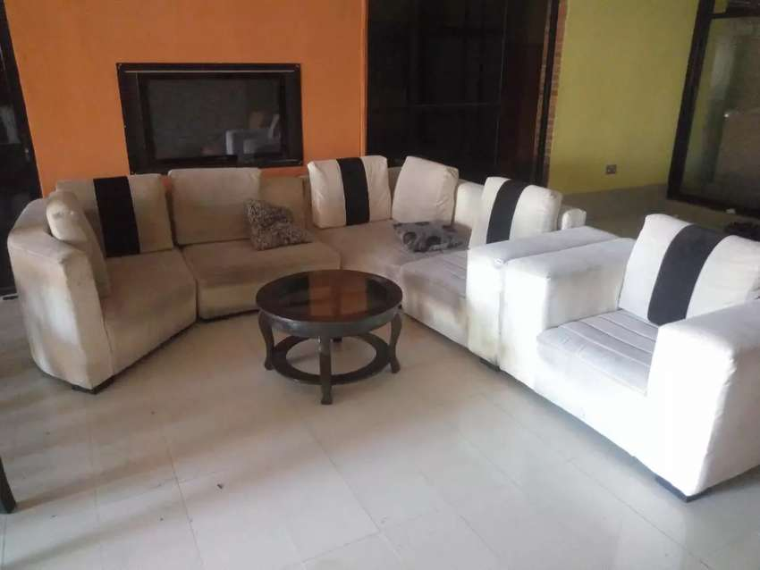 Chairs and dinning set 0