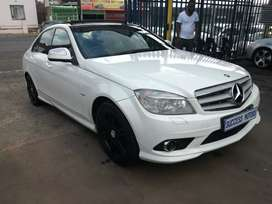 2009 Mercedes-Benz C200 Auto with  sunroof