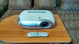 Кинопроектор, проектор, мультимедийный проектор.