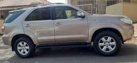 TOYOTA FORTUNER 3.0 D4D 4X4 WITH LEATHER INTERIOR
