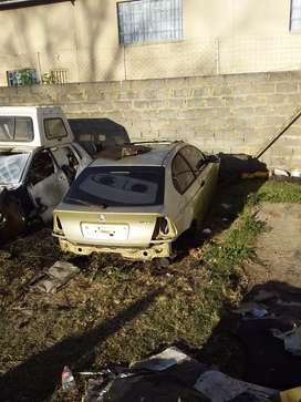 STRIPPING FOR SPARES.. BMW 318ti