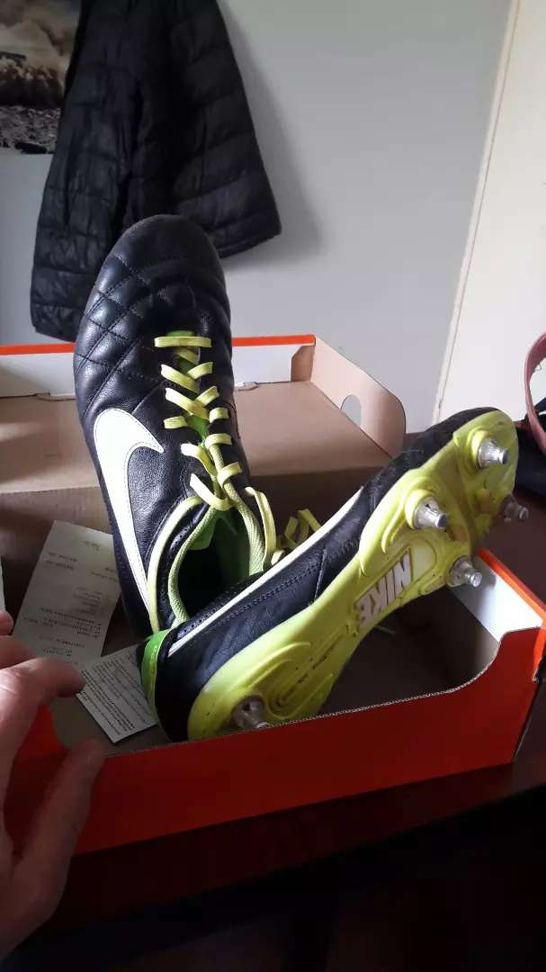 Nike rugby shoes 0