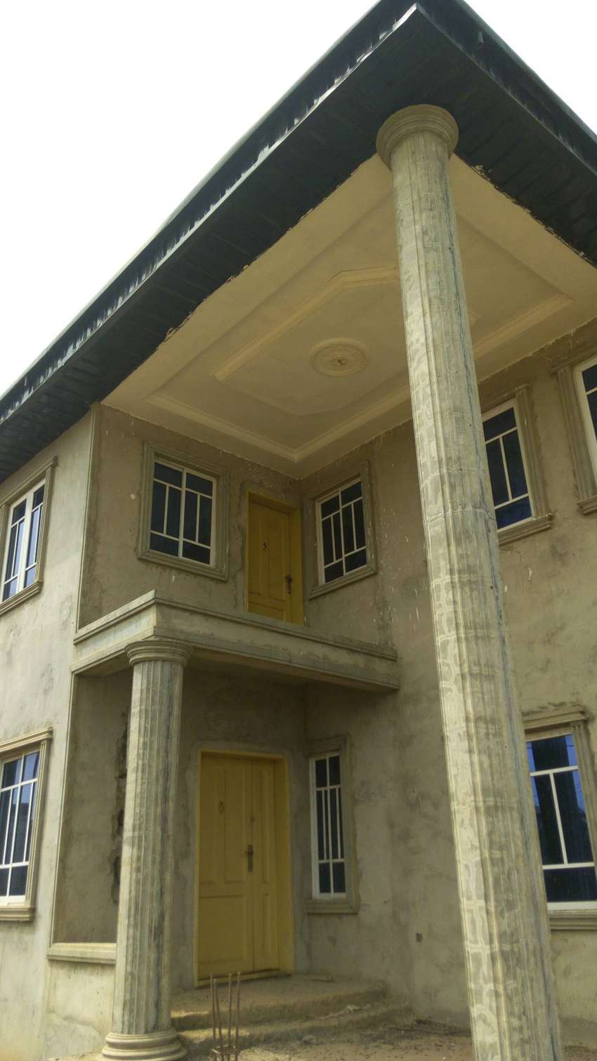 4 Bedroom Duplex with Attached BQ 0