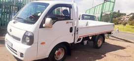 Kia K2700 bakkie in excellent condition available now