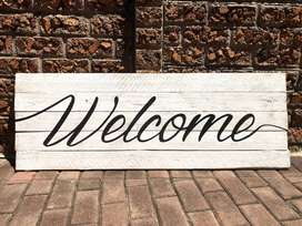 Rustic Wooden 'Welcome' Sign