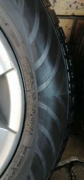Polo mags with good tyres urgent sale
