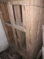 Деревянные двойные рамы с форточкой и коробками.