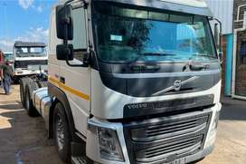VOLVO FM400hp TAG AXLE TRUCK TRACTOR ON SALE