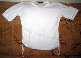 Красивая Белая футболка