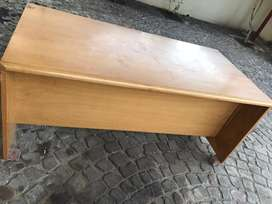 Office desk - Urgent sale
