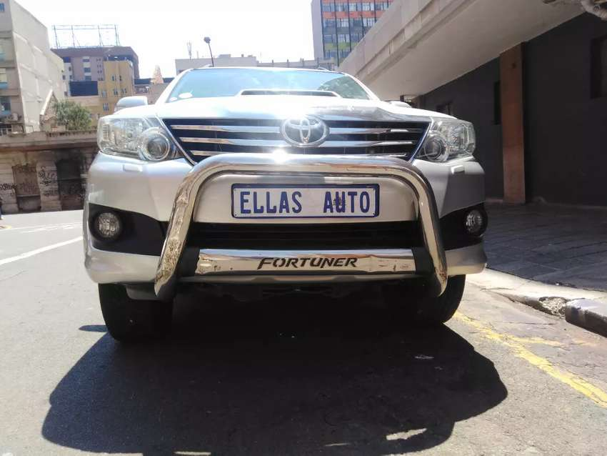 Pre Owned 2011 Toyata Fortuner 3.0D A/T. 0