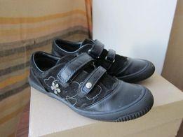 Продам туфли Бартек 36 р.