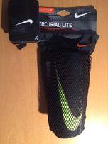 Nike Mercurial nagolennik ochraniacz S