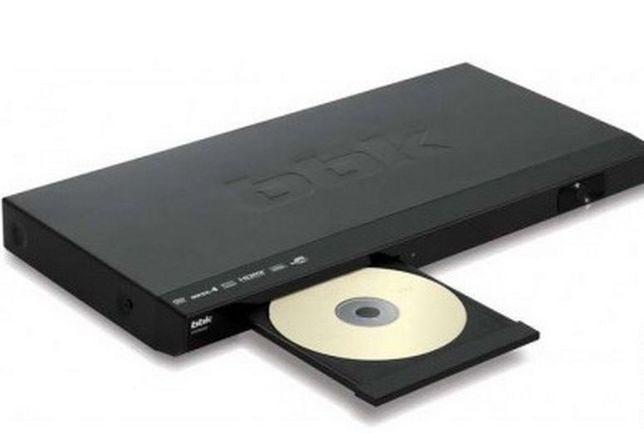 •DVD проигрыватель + караоке. BBK DVP459-SI. Продам.