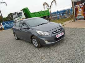 2016 hyundai accent 1.6 auto sedan with 77000km