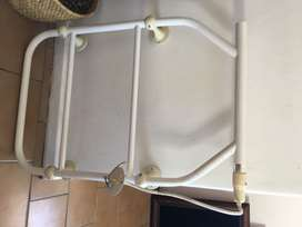 Heating towel rack
