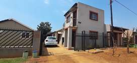 2 BEDROOM HOUSE AT MAHUBE EXT 30. TO RENT. (R4000 RENT +R4000 DEPOSIT)