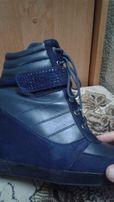 ботинки осенние (сникерсы)