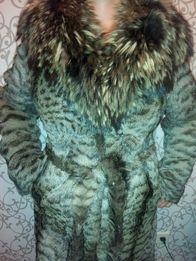 Шуба камышовый кот. Воротник енот.