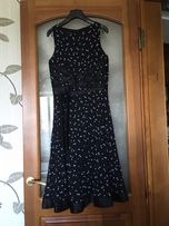 Очаровательное коктейльное платье