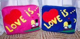 Подушка жвачка Love is...