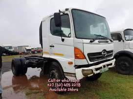 HINO 500 SINGLE DIFF TRUCK ON SPECIAL
