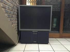 "Hitachi ultravision 55"" rear projection tv"
