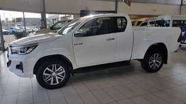 Special Discount offer on NEW TOYOTA HILUX EXTRA CAB 2. 8 GD-6 RB AT