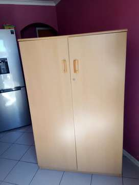 Cupboard/wardrobe