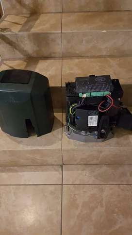 Centurion D10 Turbo Gate motor with battery backup