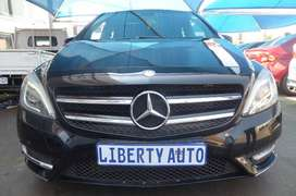 Mercedes Benz B180 CDi 115KW 1.7 MPV with Double Sunroof 70,000km