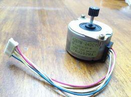 Електродвигатель шаговий