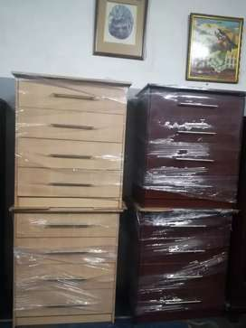On special !!! Brand new chest of drawers R999