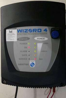 Electric Fence Energizer Wizard 4