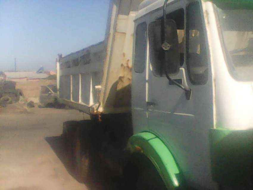Mercedes tipper for sale 0