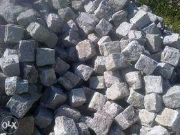 kostka brukowa granitowa ręcznie łupana obrabiana 100 zł m2