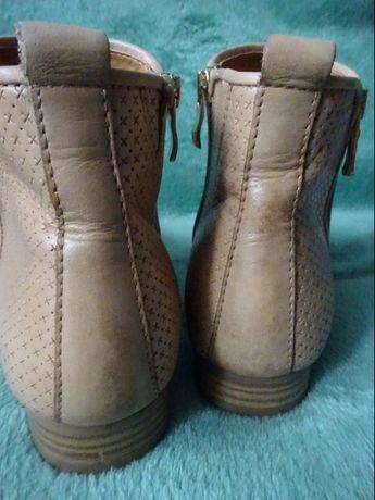 Caprice walking on air botki r.39 wkładka 25,3 cm buty obuwie kozaki Poznań - image 8