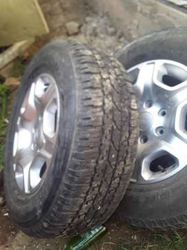 Ford ranger rims with tyres for sale