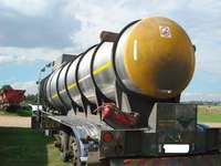 Image of Used 26 000LT Tri Axle Uncladded Stainless Steel Tanker for sale