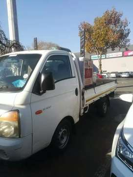 2020BAKKIE FOR HIRE AT AFFORDABLE PRICES