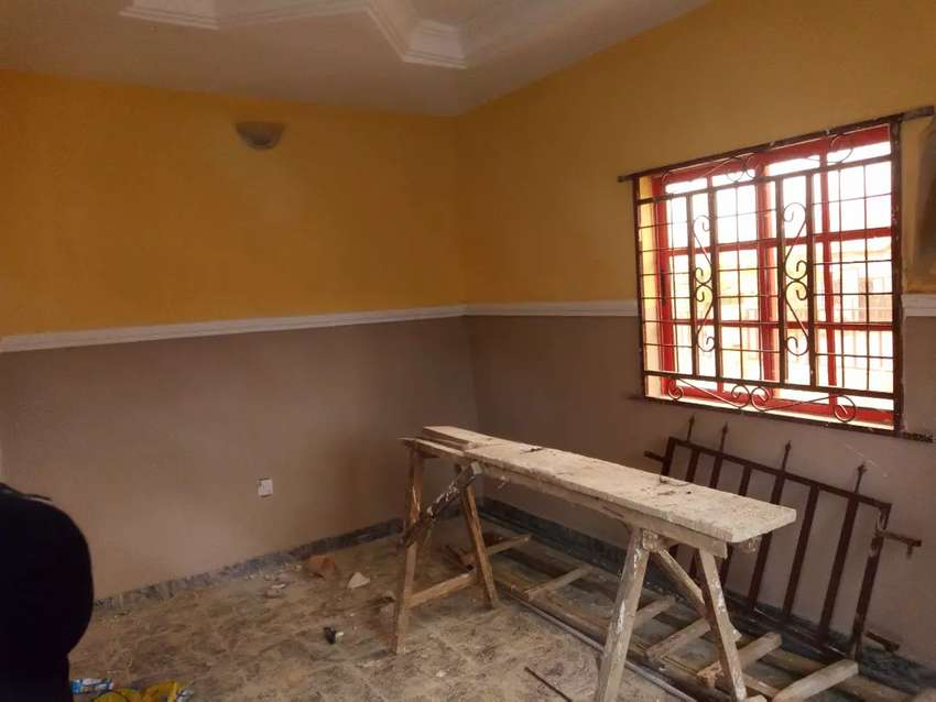 TO LET: Nice Selfcontain at Trademore estate Lugbe Airport road Abuja 0