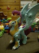 My Little Pony, Guardian of Harmony, Hipogryf Stratus, figurka