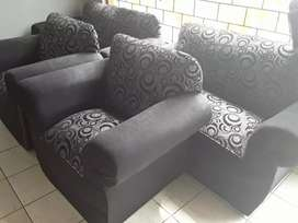 Lounge suite 6 seater new