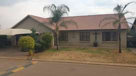 Mount Lyric - Hartbeespoort - 3 Bedroom House to Let