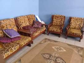Excellent fantastic 6 seater couches