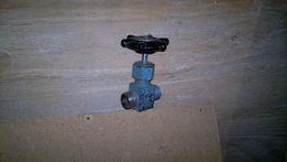 Запорная арматура КИПиА -вентиля,вентильные блоки,штуцера М20*1,5