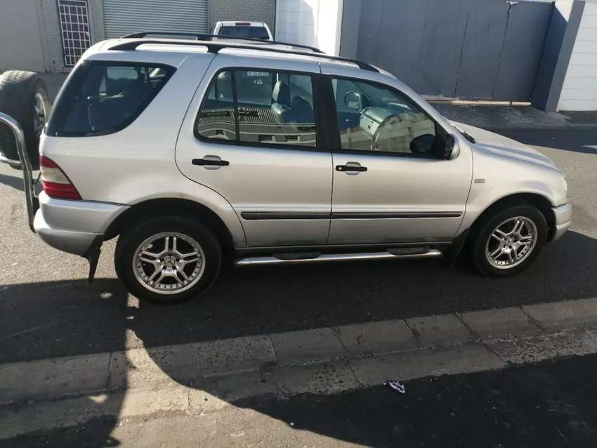 Breaking up for Spares. Mercedes-Benz ML 270 Cdi 0