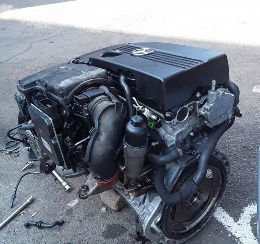 Mercedes Benz m271 engine and parts for sale 0